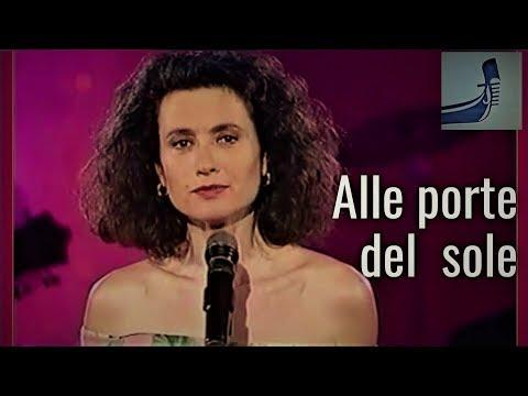 "GIGLIOLA CINQUETTI: ""ALLE PORTE DEL SOLE"" Live on Galician TV 1991 (Italian lyrics)"