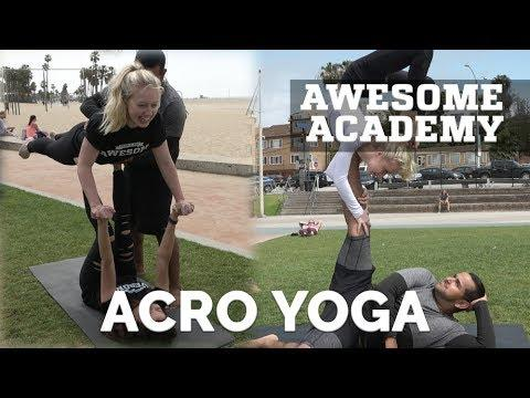Awesome Academy: AcroYoga | PEOPLE ARE AWESOME 2017