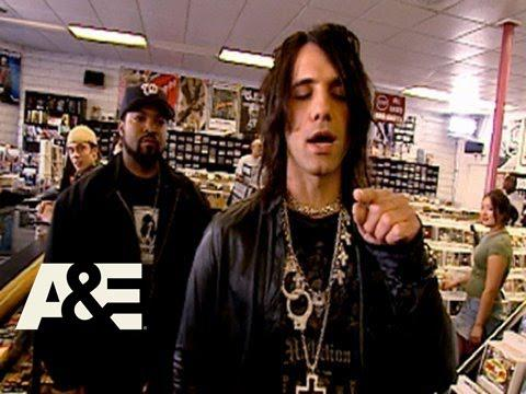 Criss Angel Mindfreak: Ice Cube CD Trick | A&E