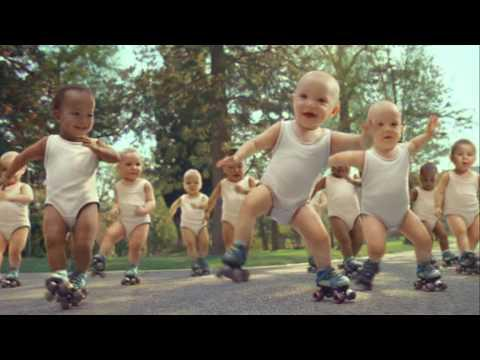 Evian Roller Babies International Version