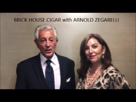 BRICK HOUSE MIGHTY MIGHTY CIGAR REVIEW with Arnold Zegarelli RAMONA BROWN THE CIGAR LADY 2018