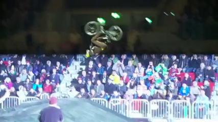 Top 10 Tricks Dingues - Nitro Circus Live