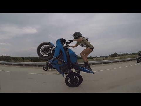 Compilation And Stunt Videos/People Are Awesome