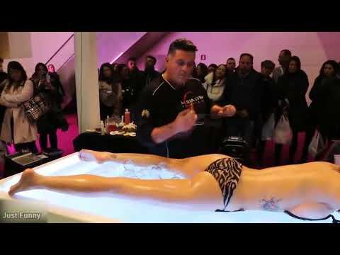 PEOPLE ARE AWESOME 2017 - His Handskill that win a massage contest - Best Massage GOD SKILL